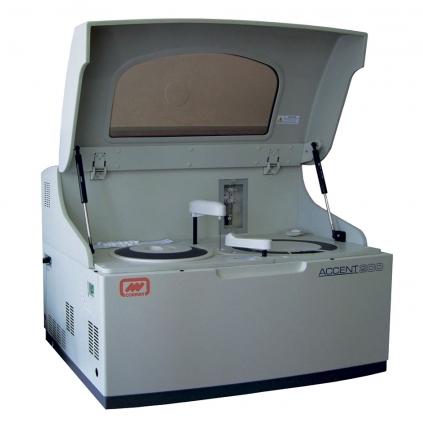 Автоматический биохимический анализатор Accent-200 Cormay в рабочем комплекте