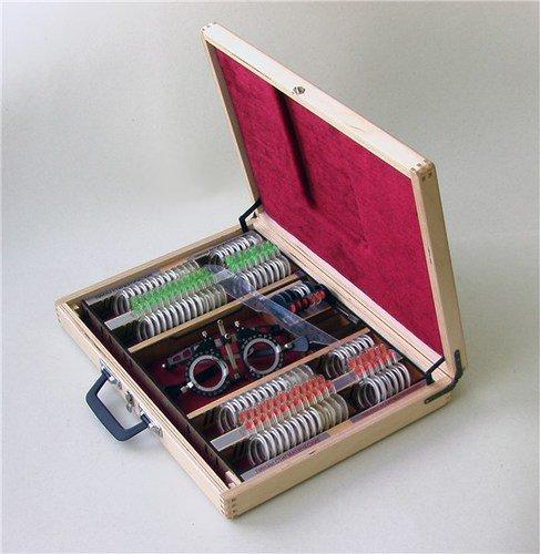 Набор пробных очковых линз и офтальмологических изделий, 87 предметов