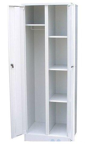 Шкаф для уборочного инвентаря; 3 полки и 2 запирающиеся двери; 600*500*1750