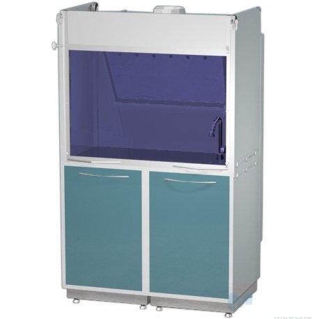 Шкаф вытяжной, в базовой комплектации: мойка, кран, тройная розетка с выключателем, подсветка