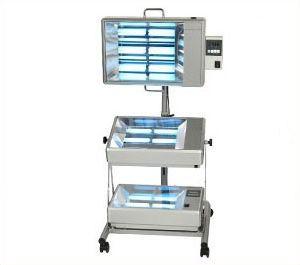 Ультрафиолетовая лампа Dermalight 500-3 (3 модуля на штативе)